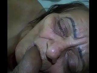 Cummat handg at hand granny&#039_s brashness