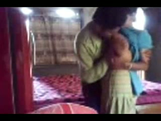 Dark haired amateur Desi wifey in sari provides her hubby with BJ