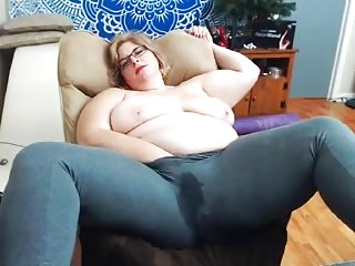 Grown up BBW webcam saggy titties