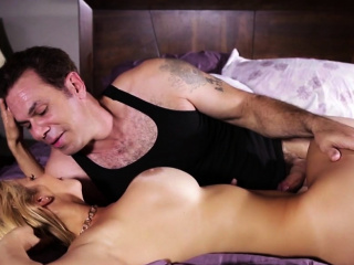 Enrapturing cougar gets nutted on faux fun bags