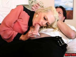 Massive mounds cougar lovemaking and pop-shot