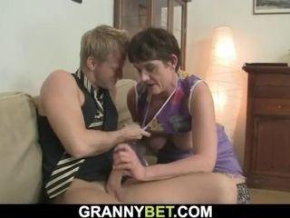 Hook-up encounter with wooly cooch older granny|16::Mature,57::Brunette,2221::European