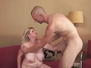 Young man fucks his hot busty mature girlfriend
