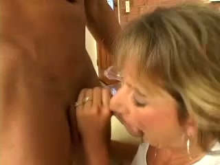 Sinfully lustful housewife gives hot blowjob to her gardener