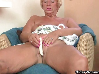 British granny Amanda Degas fucks herself in stockings