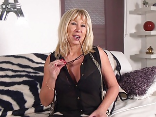 Amazing nerdy mother with big tits and hungry pussy