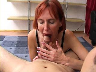 Redhead wed hot blowjob added to cumshot
