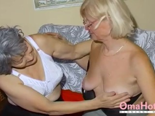 OmaHoteL twosome adult Lesbians carrying-on pile up