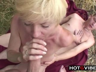 Cousins slink grandmother Away For A threesome hump - ANALDIN