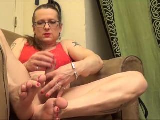 My Toes and feet as I Get Myself Off|6::Amateur,12::Cumshot,20::MILF,25::Masturbation,38::HD,46::Verified Amateurs,56::Feet,57::Brunette,83::Transgend