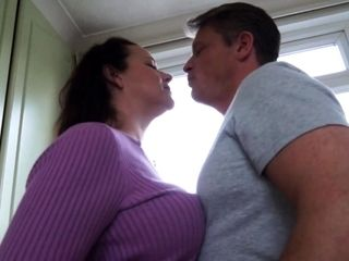 British housewife Eva Jayne having it away coupled with sucking