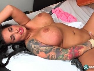 Supah huge-titted dark haired cougar with supah-sexy kinks draining solo in 1080p