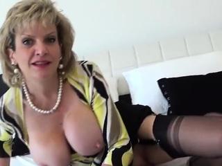 Cuckold uk mature girl sonia reveals her powerful naturals27fz