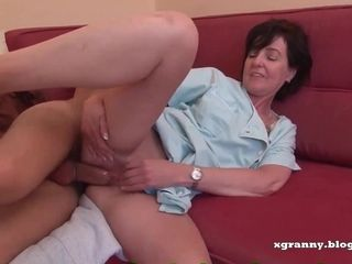 Scorching stunner first-timer pornography French mummy I´d Like To plow damsel pounded