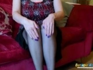 """EuropeMaturE insatiable elder lady Solo Striptease"""