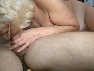 Ugly as fuck wrinkled old bitch gets mature cunt fingered and gives handjob
