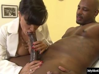 Slinky Dark Hair mummy With yam-sized Juggs Lisa Ann