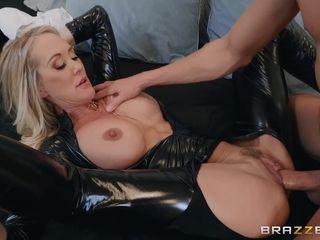 In demand cougar pornstarlet Brandi enjoy spandex Fetish pornography