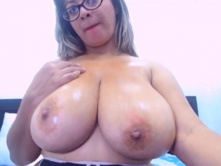 Lovely Latina cougar Nice bosom epic hooters