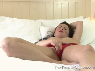 Multi Orgasmic cougar Bates with vibrator to 2 coochie Clenching climaxes