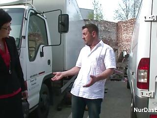 Deutsche Geile 47yr old MILF fickt Outdoor mit Schuldner