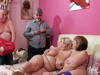 Groupsex With 2 Mommies and 3 spunk-pumps