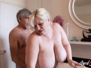 Kinky buddy is frolicking with unshaved mature vagina of big-titted blond Find utter length vids on our network Oldnanny.com