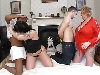 Amateur - Pierced German Matures Bareback Sluts